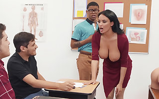 Sumptuous professor screw college girl with BIG BLACK COCK in the class